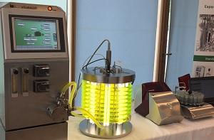 Fermenter xCUBIO phar und automatische sterile Probenahme bioPROBE