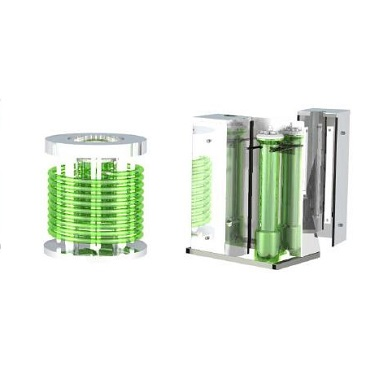Vessels for illuminated Bioreactors and Fermenters for phototrophic organisms