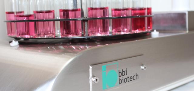 Probenhandling mit orbitSAM nach der automatischen sterilen Probenahme mit bioPROBE